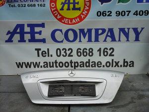 Zadnja hauba gepek Mercedes S Classa 03g AE 216