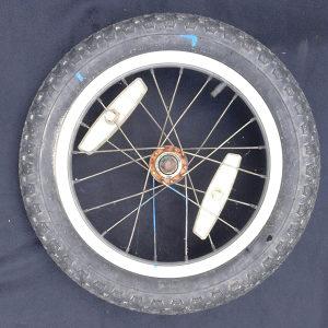 felga i guma za bicikl
