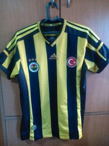 Tri dresa Fenerbahce i Galatasaray