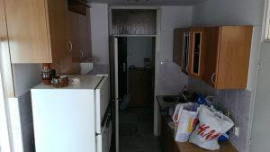 Komplet kuhinja (2*2,0m) sa napom, sudoperom i česmom,
