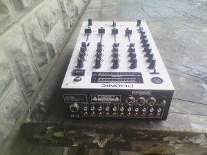 mikseta stereo pasivna phonic