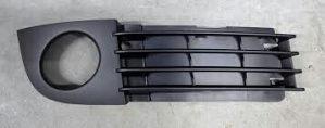 Resetka branika mreza desna Audi A6 02-04