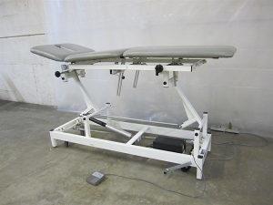Terapeutski sto za masazu,kozmeticki studio,ordinacije