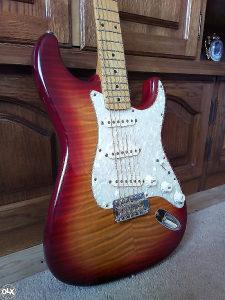 Fender Stratocaster 57, Flame top,Japan!