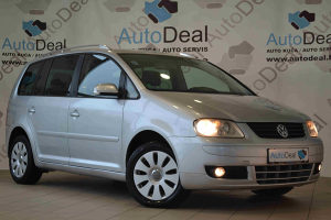 Volkswagen Touran 2.0 TDI AKCIJA KEŠ!!!
