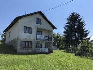 Prodaje se kuća sa zemljištem u Kiseljaku (Draževići)