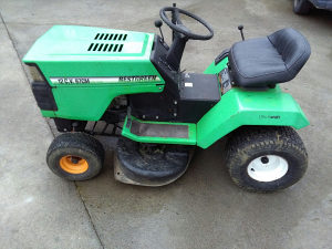 Kosilica traktor