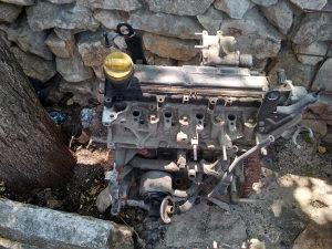 Motor Renault 1.5 dci 2004.