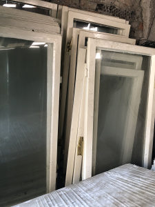 Uokvireni prozori, sa kvakom, 16 komada, 100KM