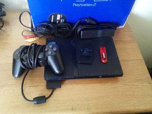 PlayStation 2 PS2 cipovan | NFS UG 2 & PES 2018