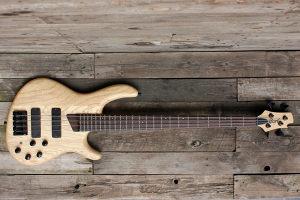 Cort B4 bas gitara