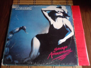 Scorpions – Savage Amusement lp