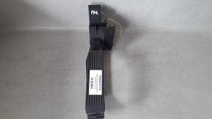 PAPUCICA GASA MERCEDES C KLASA W202 > 93-00 A2113010001