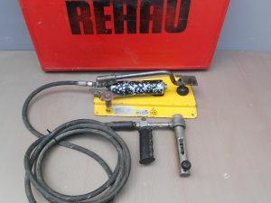 Hidraulučna pumpa REHAU sa koferom