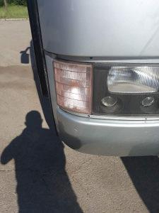 Lijevi žmigavac-Mercedes 404