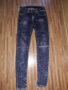 Nove pantole s-m