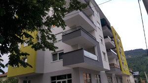 Nov stambeno-poslovni objekat za najam