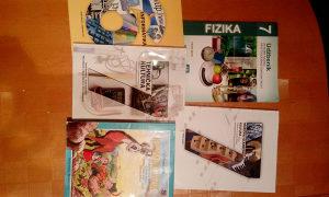 Knjige udzbenici za 7 razred osnovne sk.