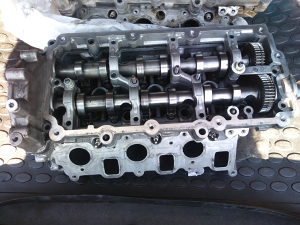Audi Q7 Touareg 3.0 TDI Glava Motora Lijeva
