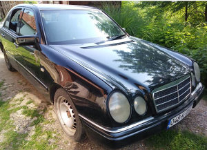 Mercedes E250 D 2.5 w210 210 POTREBAN ATEST