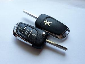 Oklop Peugeot 308 508 3008 2008 ORIGINAL kljuc kuciste