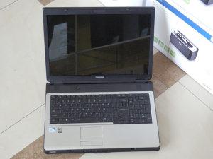 Toshiba Satellite L355-S7905