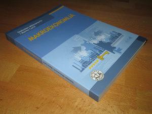 Makroekonomija / S. Milovanović , M. Carić