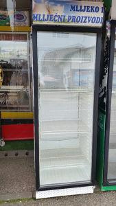 Vitrina vetrina frižider 066917681