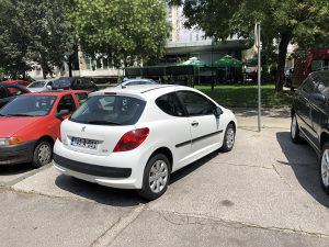 Peugeot 207 1.6 hdi extra stanje moze zamjena