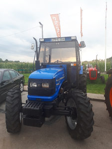 Traktor Sonalika Solis
