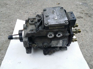 Bosch pumpa bmw e46