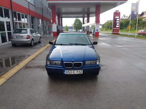 Bmw 318 e36 1996 godina,digitalna klima