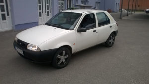 FORD FIESTA 1.3 BENZIN 44 KW 98 GOD