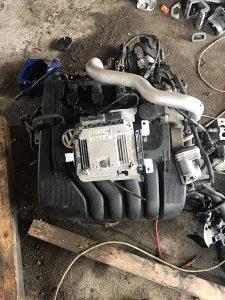 Motor 2,0 fsi Pasat 6 golf 5 turan Audi A3