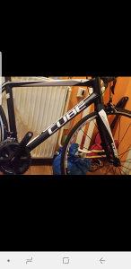 Cube cestovni bicikl