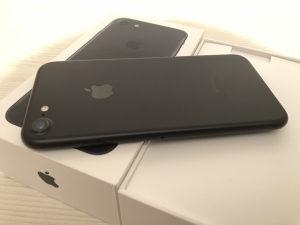 Iphone 7 Black 32GB full oprema
