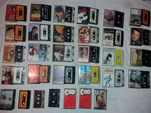 Prodajem kasete muzika 80kom sve za 25km