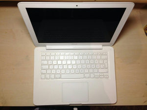 Macbook A1342 2009 Unibody