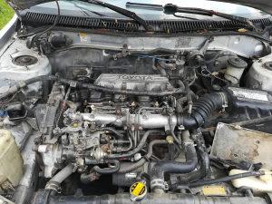 Toyota corrola u dijelovima
