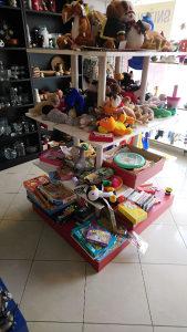 Inventar za butik,radnju (polica)