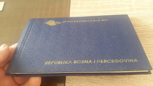 Prigidni album Republike BiH sa markicama fiksno 50 km