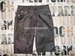 Pantalone Kratke Velicina M