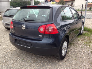 GOLF 5 1,9 TDI 77 KW BKC 2005 GOD TREND