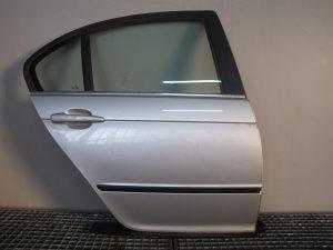 ZADNJA DESNA VRATA DIJELOVI BMW 3 E46 > 98-01