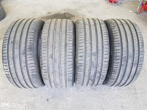 Gume 275 40 20 Michelin Latitude Sport 3