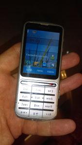 Mobitel nokia c3...dobro stanje