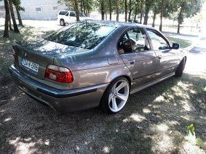 BMW E39 530