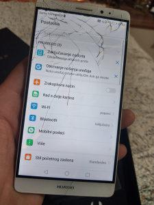 Huawei Mate 8 puklo staklo
