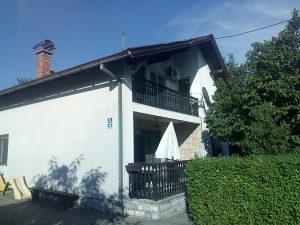 Kuća 135 m2 - Jablan - Trn