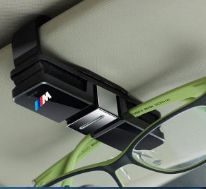 BMW M drzac za naocale i kartice